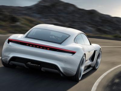 Porsche Taycan : le même prix que la Tesla Model S