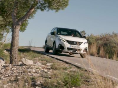 Essai vidéo du Peugeot 3008 Hybrid4 : nos impressions au volant de l'hybride rechargeable