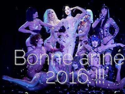 Dita Von Teese & Les Crazy Girls vous souhaitent une bonne année 2016 !