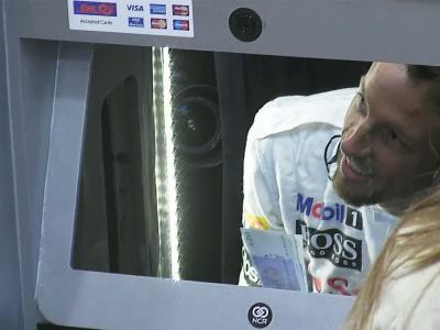 Quand un pilote de Formule1 devient un distributeur de billets