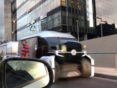 Renault EZ-Pro : le van futuriste en vidéo