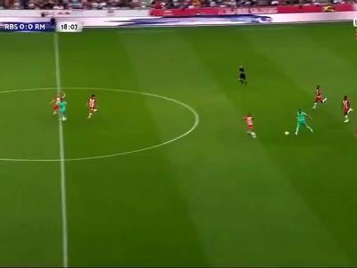 Eden Hazard inscrit son premier but avec le Real Madrid !