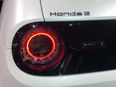Honda e : notre vidéo de la citadine électrique nipone au Salon de Francfort