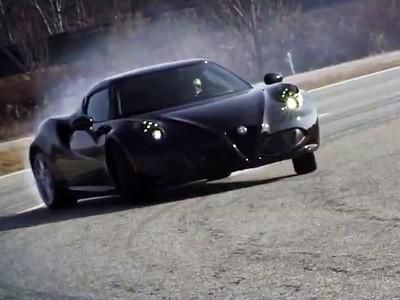 L'Alfa Romeo 4C se dégourdit les jambes à Balocco
