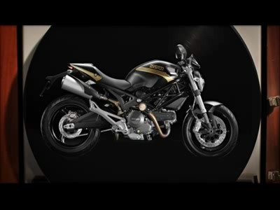 Ducati met de l'art sur ses motos