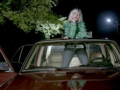 Angel Olsen - Shut Up Kiss Me