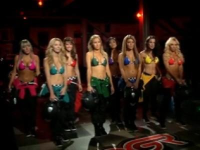 Girls Racer : la drivers academy pour bimbos