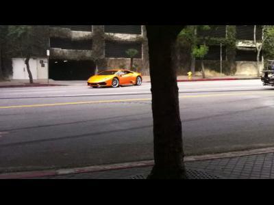 La Lamborghini Huracan en glisse sur un tournage publicitaire