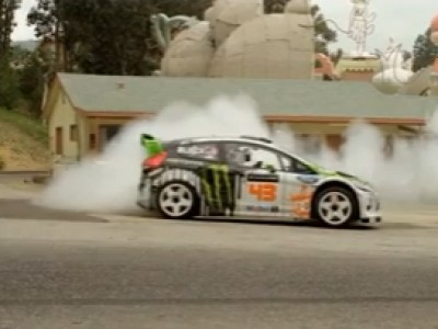 Gymkhana 4 : Ken Block dans les studios d'Hollywood