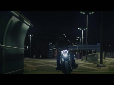 Benelli 502 C : vidéo officielle de présentation de la Ducati Diavel like