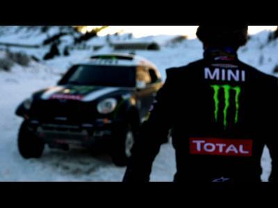 Petheransel teste sa Mini du Dakar sur la neige