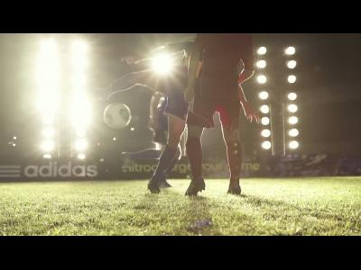 Adidas : la chaussure de foot connectée