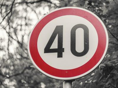 Que dit la loi par Me Marchac : puis-je contester mon PV en cas de signalisation défaillante ?