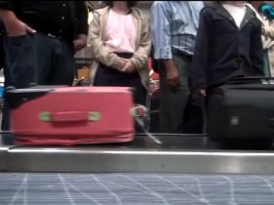 Le mystère du voyage d'une valise en avion dévoilé