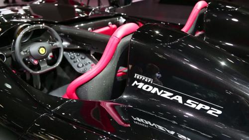 Mondial de l'Auto 2018 : la Ferrari Monza SP2 en vidéo