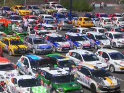 Débuter en rallye grâce à Renault