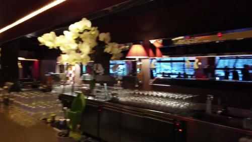 Eco Trip - Stars 'n' Bars : le bar branché adoré des pilotes