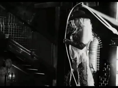 Jessica Alba, scène finale
