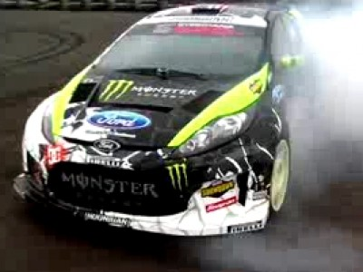 Gymkhana GRID 2013 : Ken Block et Monster se remettent en piste