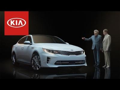 Super Bowl : Christopher Walken compare la Kia Optima à une chaussette
