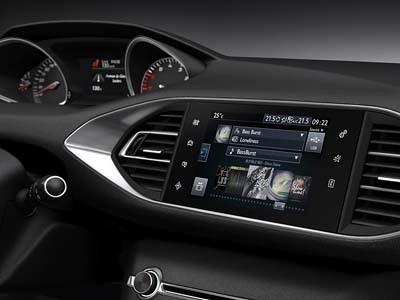 L'ergonomie de la Peugeot 308 présentée par Gilles Vidal