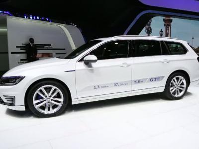 Mondial 2014 : Volkswagen Passat GTE
