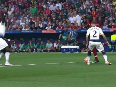 Tottenham - Liverpool : le but de Salah sur pénalty en vidéo