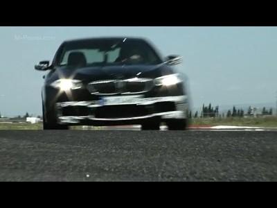 BMW M5 sur la piste d'essai de Miramas
