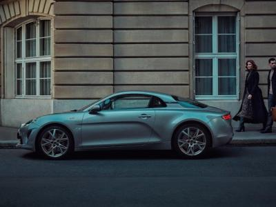 Alpine A110 Légende GT : l'édition limitée de la berlinette en vidéo