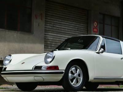 Style me up [S07E11] Rencontre avec un amoureux de Porsche Classic
