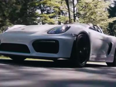 La Porsche Boxster Bergspyder roule au côté de son ancêtre des montagnes