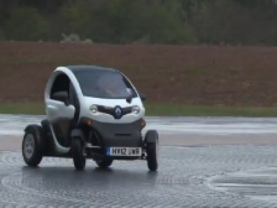Comment drifter en Renault Twizy ?
