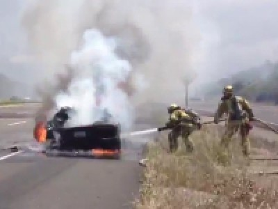 Une Lamborghini Aventador prend feu