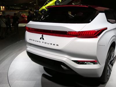 Mondial 2016 : Mitsubishi GT-PHEV Concept