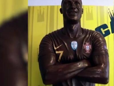 Portugal : une statue en chocolat de Ronaldo pour le Carnaval d'Ovar !