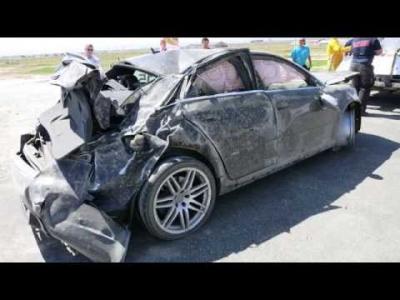 Plusieurs tonneaux et une grosse frayeur en Audi RS4