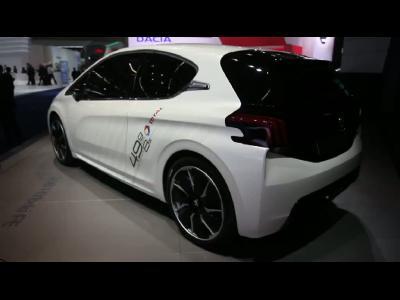 Francfort 2013 - Peugeot 208 HYbrid FE