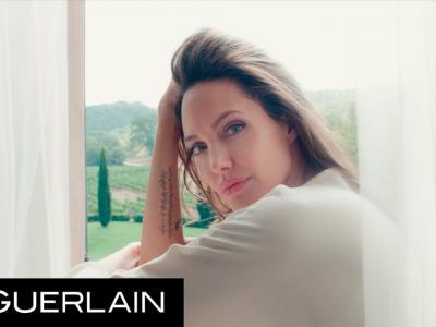 Mon Guerlain - Angelina Jolie dans 'Notes of a Woman' pour Guerlain