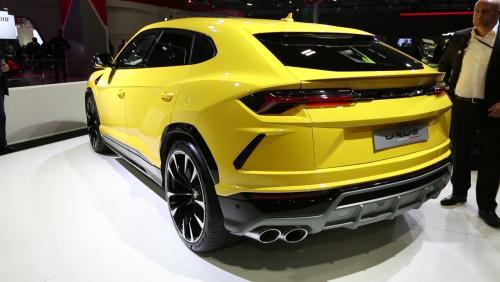 Mondial de l'Auto 2018 : la Lamborghini Urus en vidéo