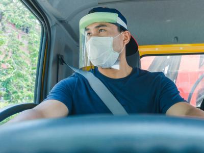 Que dit la loi par Me Marchac : dans quel cas dois-je porter le masque en voiture ?