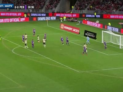 Rashford ouvre le score après une talonnade de Pogba avec Manchester United