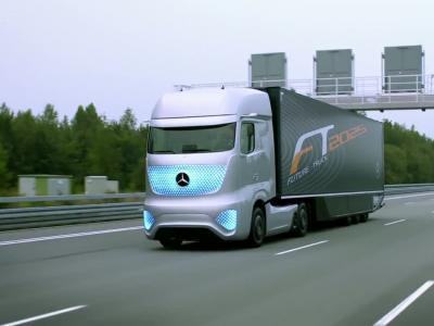 Le camion du futur existe grâce à Mercedes