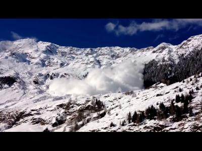 Avalanche impressionnante en Italie