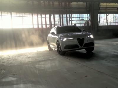 Les Alfa Romeo Stelvio et Giulia (2021) en vidéo