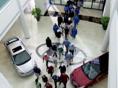 Super Bowl 2012 : Hyundai sait motiver ses troupes
