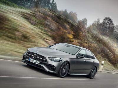 Mercedes Classe C (2021) : la nouvelle berline premium en vidéo