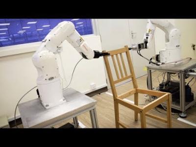 Le robot qui monte vos meubles IKEA seul