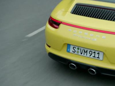 Les Porsche 911 4 roues motrices passent au turbo