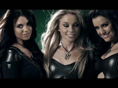 40 Monster Girls en une vidéo