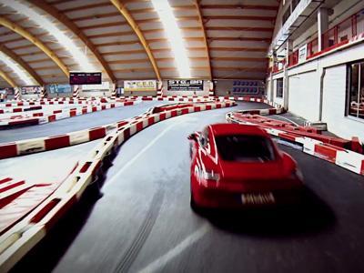 Porsche met sa Cayman GTS à l'épreuve sur une piste de kart